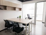 空调,水电,物业,网络 全包,创业办公室正在招租,业主直租