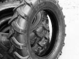 250大马力农用拖拉机轮胎9.50-24犁地机收获机通用