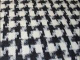 厂家直销现货供应2015秋冬经典黑白格 高含毛量 毛呢纺织面料