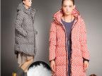 2013秋冬新款 韩版波点连帽拉链90%绒加厚 中长款羽绒服女款批发