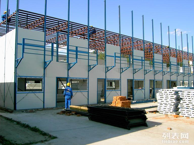 专业回收旧彩钢板 夹芯板 净化板车间1316718297