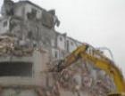 高价回收大量木材、建筑废料、办公酒店设备、拆除工程