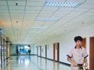 上海专业实木,复合地板打蜡。PVC地面清洗上蜡。