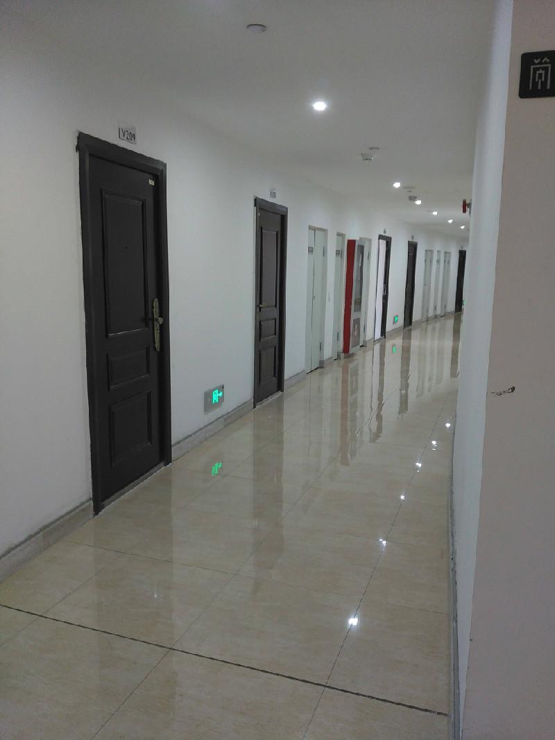 连云港苏宁广场写字楼 64平米出租