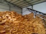 高含量全溶性黄腐酸钾有机肥冲施肥原料糖蜜