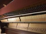 进口原装三益高端钢琴,欧式谱架红木色,南阳市内