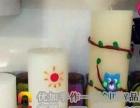 玩逸生活的蜡烛diy锻炼孩子的创造思维能力。