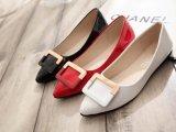 外贸女鞋秋季舒适平跟尖头PU女鞋金属装饰耐磨橡胶底浅口单鞋代