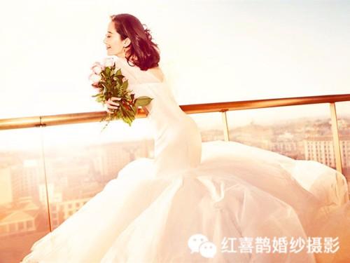 哪种婚纱照风格好看 2017六款流行的婚纱照风格