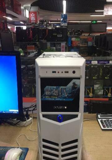 游戏主机四核1000G硬盘,4G内存 780元