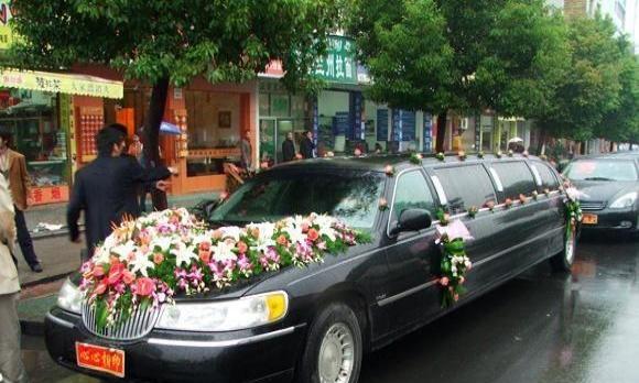 豪华婚车 专业婚车清一色宝马车队 奔驰车队等多套餐