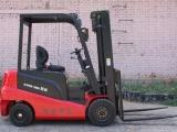 2噸電動叉車生產廠家