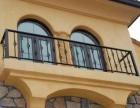 铁门除锈刷漆 上海松江区阳台护栏刷漆翻新 栏杆除锈刷漆