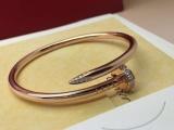 关于施华洛世奇天鹅项链,以假乱真的一般多少钱
