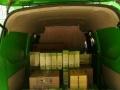 绿色正时达货的面包叫车电话承接物流提发货,长短途货运业务