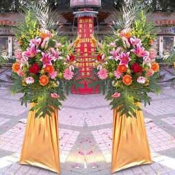 鲜花布置 礼仪用品 气球拱门 会场布置 舞台搭建