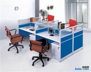 青岛屏风隔断办公桌,4人位办公屏风,8人办公对桌