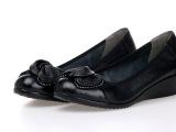 头层牛皮中老年妈妈鞋真皮单鞋 女平跟平底浅口大码女式皮鞋批发