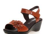 2013新款 夏季真皮女凉鞋 妈妈凉鞋 坡跟中老年大码凉鞋 批发