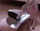 蜘蛛王粉色女鞋原价599转让299.