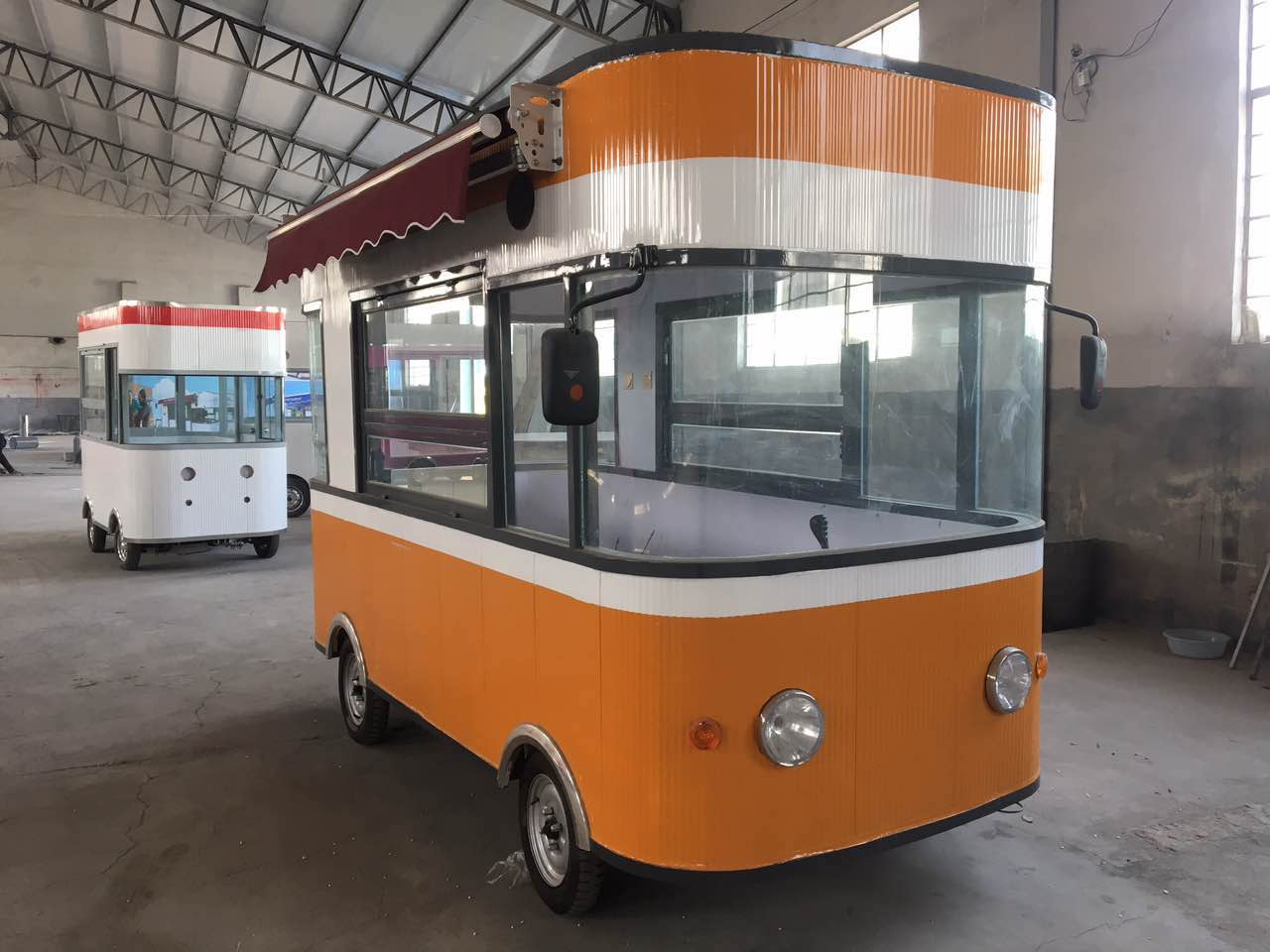 沈阳价格实惠的电动餐车出售|丹东电动餐车