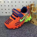 温州低价童鞋批发儿童运动鞋凉鞋帆布鞋等