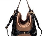 水桶包高档PU亮皮拼接女包新款潮流女包 手提斜挎包单肩女士包袋