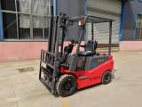 防尘免维护电动叉车龙力德两吨2.5吨静音a型全交流电动叉车