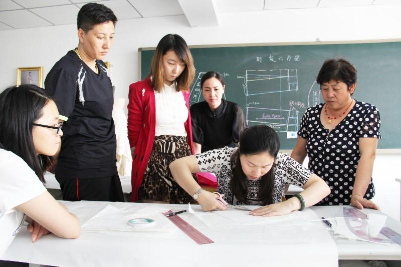 北京金都服装裁剪缝纫立裁制版培训学校