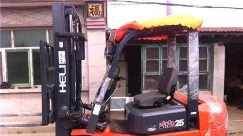 合力叉车销售3吨4吨柴油叉车哪里卖叉车