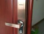 江北五里店附近安装智能锁多少钱 品牌指纹锁出售