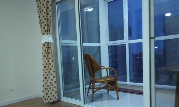 锦绣龙轩 3室2厅135平米 精装修 。