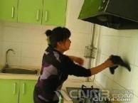 南京建邺区应天西街吉庆花园周边装修后保洁擦玻璃二手房打扫