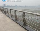 波形公路防撞护栏的分类与规格有哪些?勤鹏给你答案
