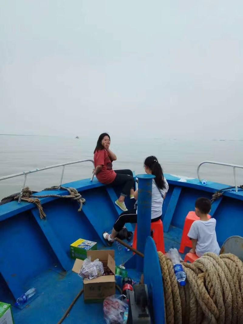 坐船旅游观光拖网农家乐了2网1300