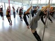 彭州绸缎吊环舞 彭州职业成人舞蹈培训学校