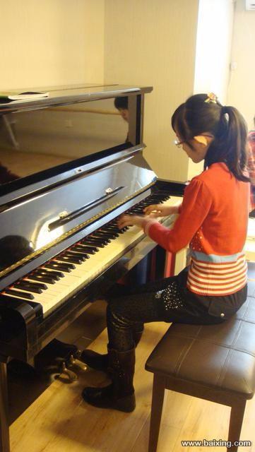 哈尔滨钢琴名学校 专业钢琴老师 少儿成人钢琴培训 各区分校