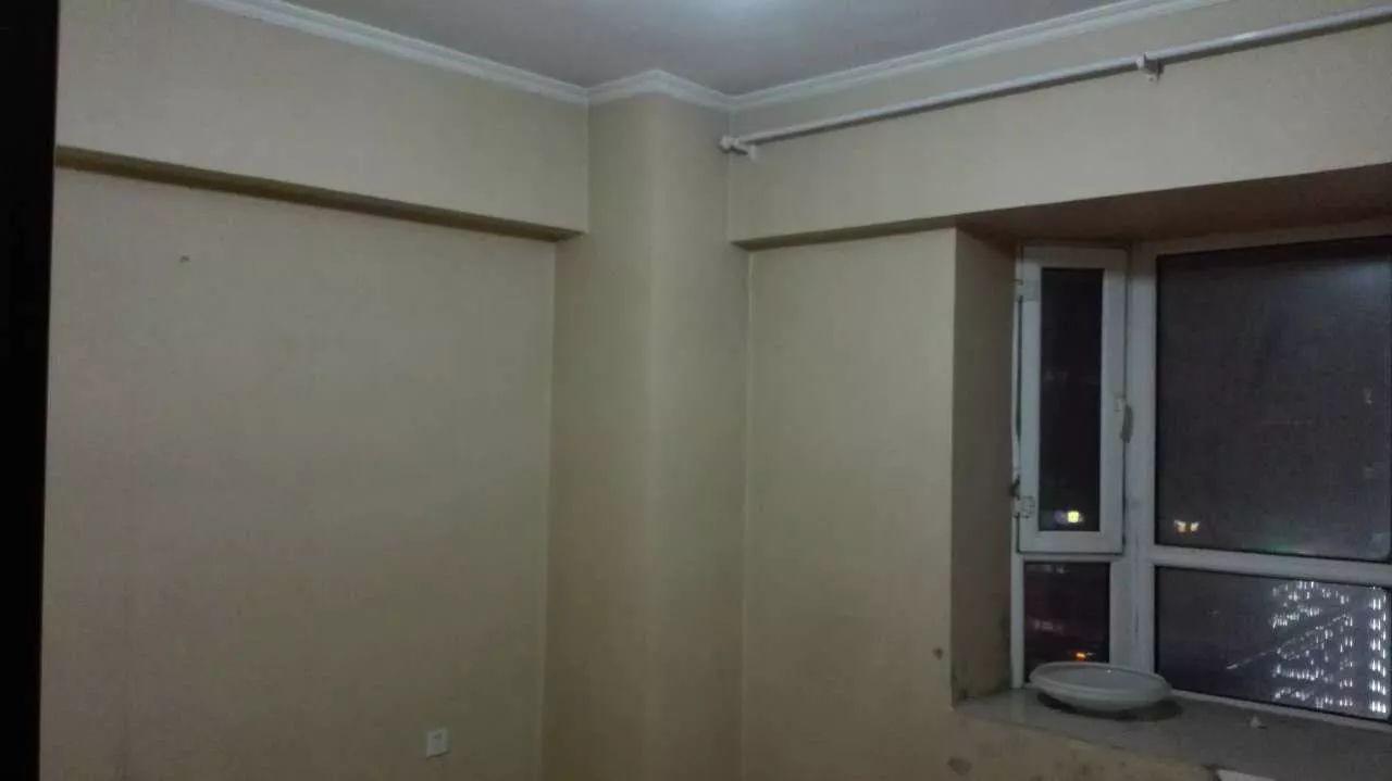 新华北路 光明路金碧华府 3室 1厅 130平米 整租