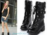 2012韩版帅气铆钉皮带马丁靴中筒女靴子 复古英伦风气质机车靴特