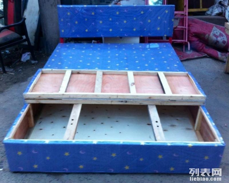 全新箱体床 床垫低价出售