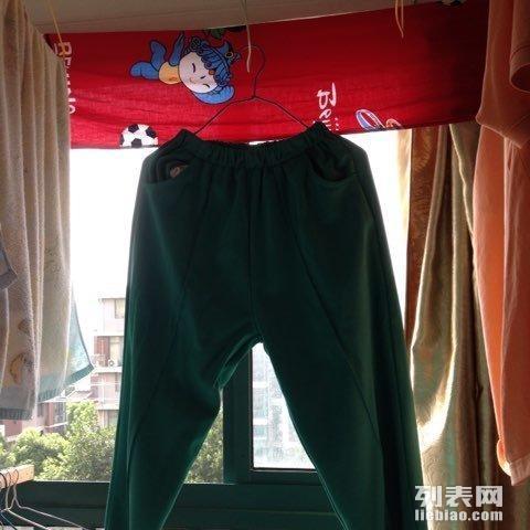 北桥女生小学女生转让_上海箱包/鞋帽/校服_上嗯服装呢说图片