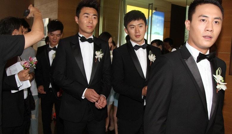上海西服定制品牌菲狮顿