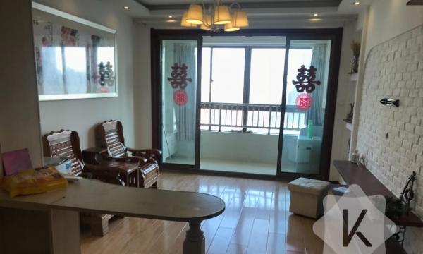 同科汇丰国际精装修2房,17楼电梯高层,家电齐全随时看房方便