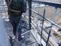 成都烟囱爬梯护网平台除锈刷漆