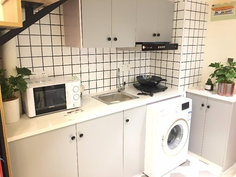 中豪七格 紧邻地铁站交通方便 LOFET风格可做饭拎包入住七格小区