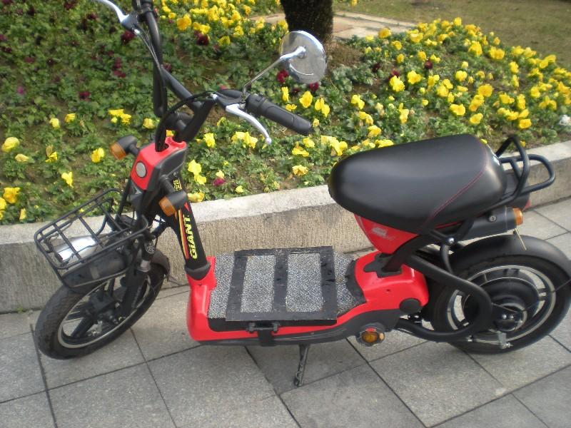 西乡电动车回收 高价回收各种电动自动车