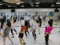 重庆专业爵士舞,钢管舞,成品舞,领舞空中舞蹈绸缎吊环等培训