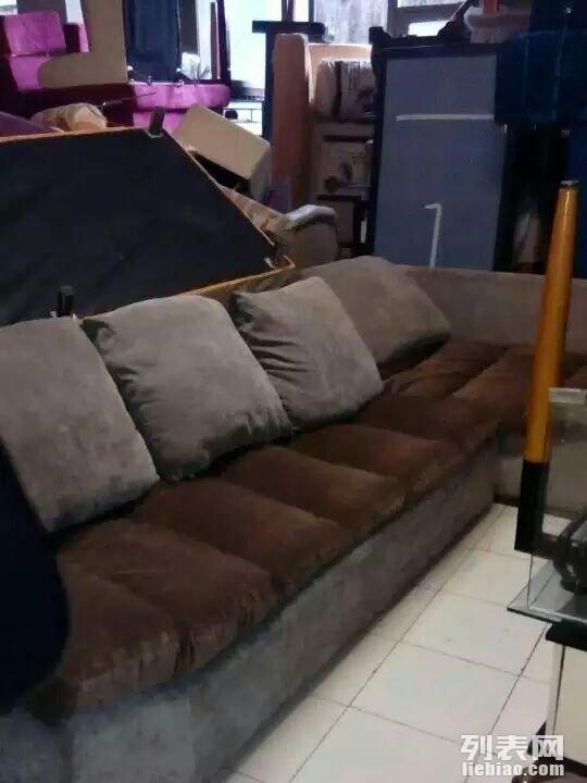 江北观音桥二手家具出售。有床。沙发,衣柜,茶几,衣柜等全