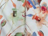 厂家直销涤棉斜纹印花布料 百合印花布服装用布多色可选时装面料