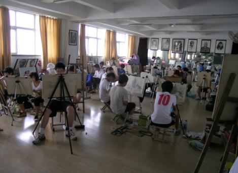 临沂大学美术班咨询——具有口碑的大学美术班推荐